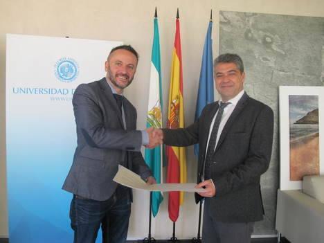 La Universidad de Almería renueva su compromiso con la iniciativa Andalucía Compromiso Digital