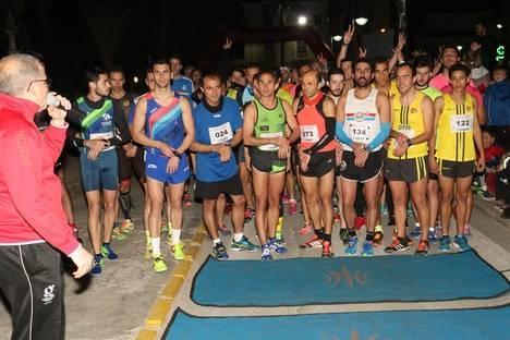 La IX Carrera Nocturna Villa de Albox rompe todos los récords de participación y solidaridad
