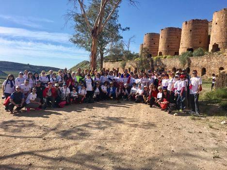 La ruta por la igualdad reúne a más de un centenar de personas en Cuevas