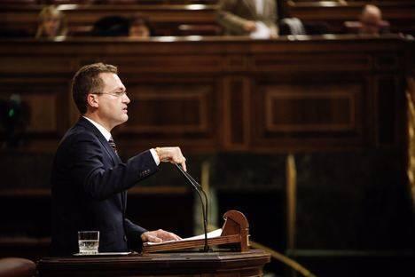 Clemente pide en el Congreso más dinero para Dependencia