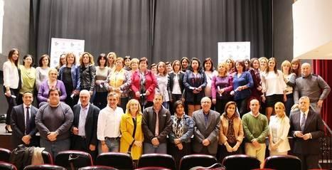 Casi 30 auxiliares del Servicio de Ayuda a Domicilio de Diputación reciben su certificado profesional