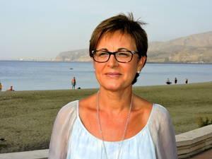 El PSOE exige al PP que modifique su Plan de Playas para que comerciantes y artesanos instalen sus puestos legalmente