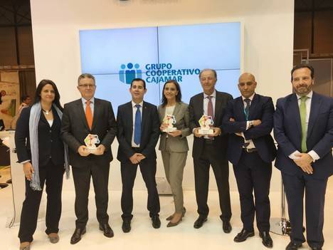 Cajamar entrega reconocimientos por el apoyo a la franquicia