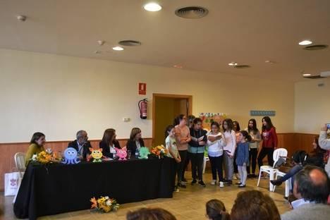 La escritora veratense Isabel Noelia Pérez Ponce presenta dos nuevos cuentos infantiles