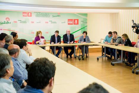 El PSOE exige al PP el mismo compromiso con el empleo agrario que demuestra el Gobierno andaluz