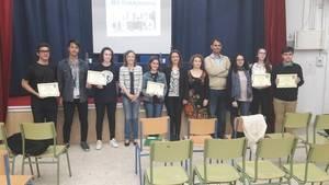 La delegada de Educación visita el IES Turaniana en su 'Semana del Libro'