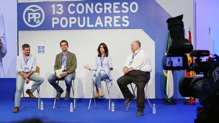 """Fernández Pacheco: """"En el PP tiene que caber todo el mundo, menos quienes tiene comportamientos indecentes"""""""