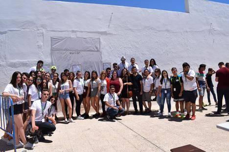 """Cientos de jóvenes disfrutan del II Festival de la Música """"Nuevos Talentos"""" de Níjar"""