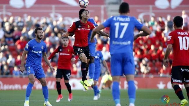 1-0: El Almería vuelve sus malos momentos en el Estadio de Mallorca
