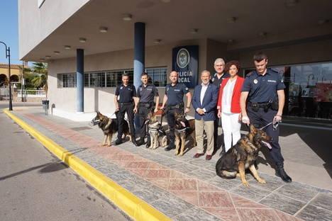 Vera incorpora a su Policía Local una unidad canina