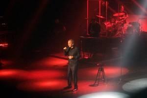 Gran concierto de José Luis Perales en Roquetas donde cantó durante dos horas sus grandes canciones