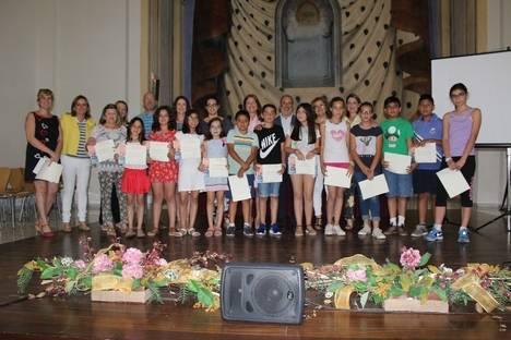 Vera premia a sus jóvenes escritores de cuentos