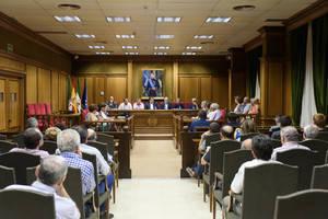 La tradición marinera de la provincia llena de historias y emociones el Salón de Plenos de Diputación
