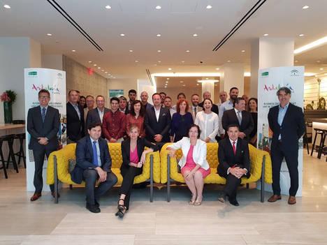 Ocho empresas venden el mármol almeriense en 60 reuniones en Nueva York