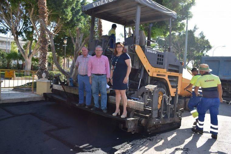 Entran en servicio las nuevas plazas de aparcamientos de Puebla de Vícar