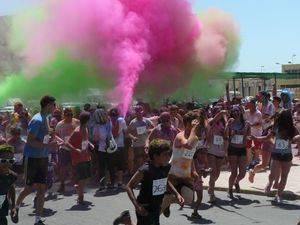 La Carrera de Colores regresa a Puebla de Vícar tras el éxito de la primera edición