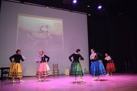 Las Refajonas de Níjar rinden homenaje a Federico García Lorca en un espectáculo