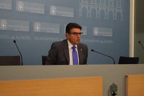 Ciudadanos vuelve a a acusar a Carlos Sánchez de