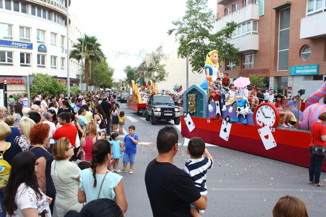 200 figurantes en la Batalla de Flores de San Isidro en El Ejido