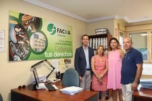 La Junta y FACUA colaboran en la defensa de los derechos y la formación de los almerienses en materia de Consumo