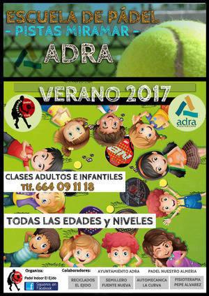 Se pone en marcha una nueva Escuela de Verano de Padel de Adra