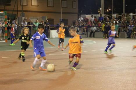 Arranca la semana grande del Fútbol-Sala en la Villa de Gádor con gran éxito de participación