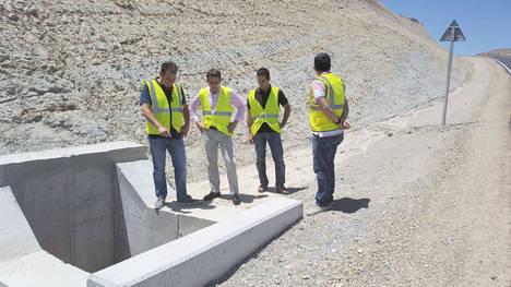 Diputación finaliza la mejora de la AL-8101 entre Oria con San Roque por la Rambla de Albox