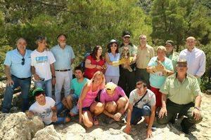 Medio Ambiente libera a tres ejemplares de cernícalos y un búho real en el Parque Natural Sierra María los Vélez en Almería