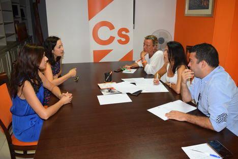Ciudadanos solicita a la Junta que equipare el número de matronas de Almería con el resto de Andalucía