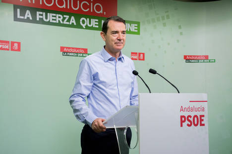 Pérez Navas exige a García Tejerina mecanismos para evitar más crisis de precios, como la de enero que estudia Competencia