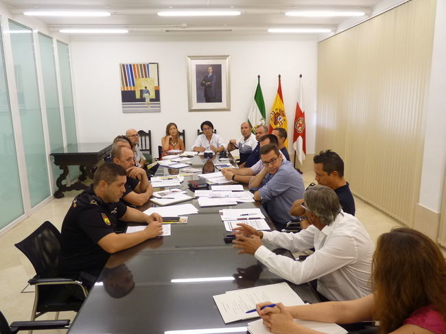 Más de 230 efectivos policiales, de Protección Civil, Bomberos y personal sanitario velarán a diario por el normal desarrollo de la Feria