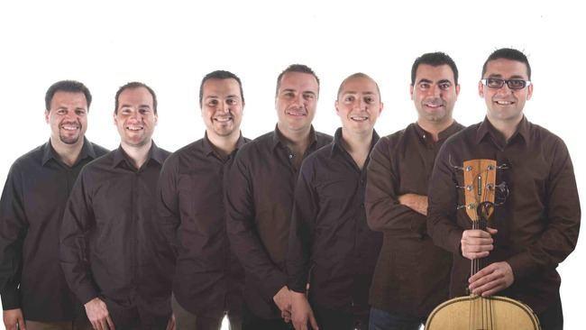 Maguey ofrece un concierto en el Anfiteatro de Roquetas de Mar