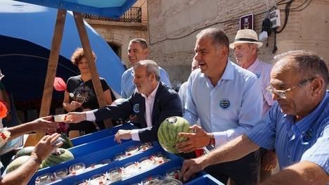 Agricultores reivindican en Vera infraestructuras con 'Saborea el agua que nos une'
