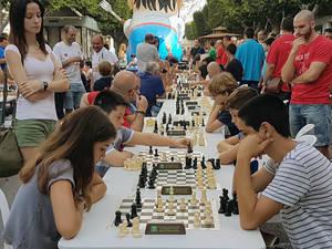 El ajedrez sale al encuentro de los almerienses con un torneo en las calles