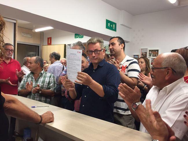López Olmo presenta su precandidatura a liderar el PSOE de Almería pidiendo 'comportamientos ejemplares'