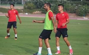 Trujillo, Verza, Nauzet y Lin se estrenan en la convocatoria ante el partido de Copa