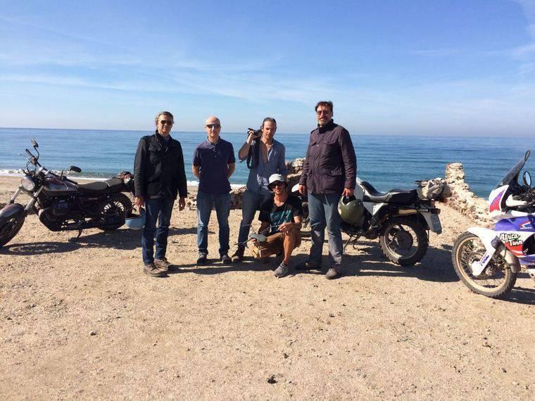 La televisión pública italiana recorre en motocicleta los entornos naturales del destino 'Costa de Almería'