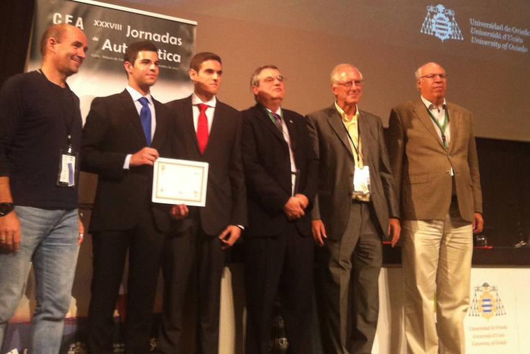Dos estudiantes la UAL ganan en Gijón un concurso nacional en Ingeniería de Control