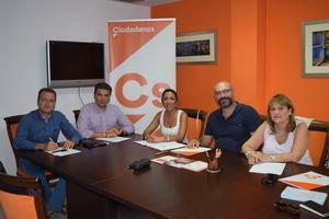 La Asociación de Personas Sordas de Almería traslada a Ciudadanos sus necesidades