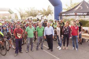 Casi 600 ciclistas de 20 provincias y tres países se dan cita en la prueba ciclista de 'Almería Activa'