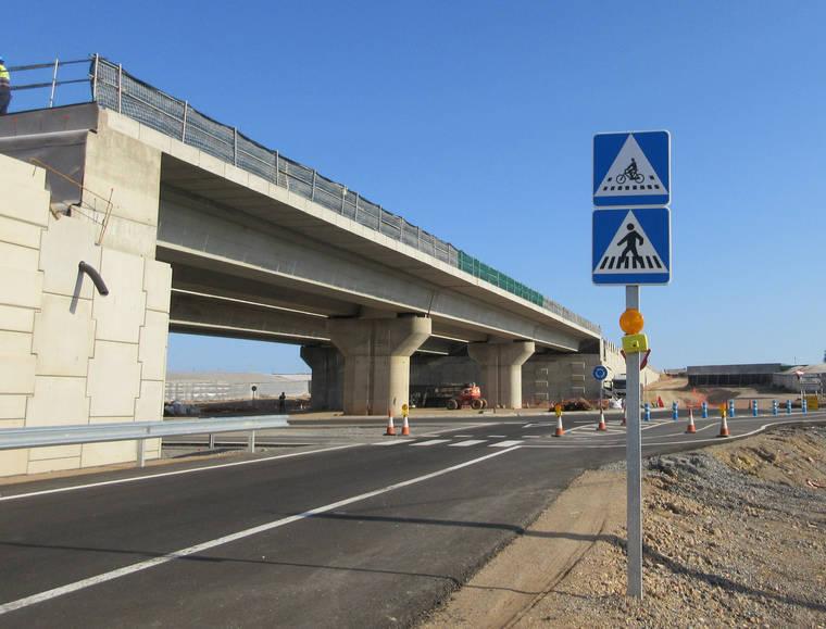 IU Roquetas insta a la Junta a mejorar la seguridad vial en el cruce de la Variante con la carretera de La Mojonera