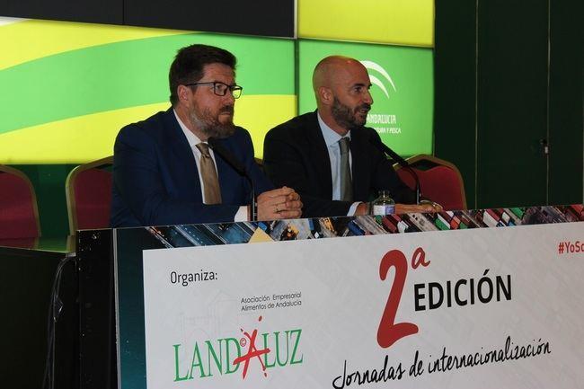 Sánchez Haro centra en los turistas de Sevilla y Málaga la promoción de los productos andaluces