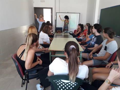 Jóvenes de La Mojonera, Macael y Oria se forman como monitores de ocio y tiempo libre gracias a Diputación