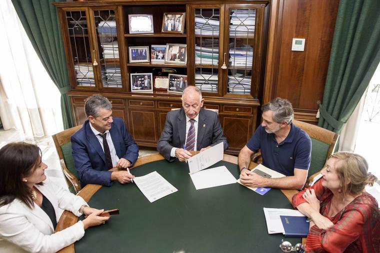 Diputación y UAL se unen para integrar socio laboralmente a los colectivos más desfavorecidos