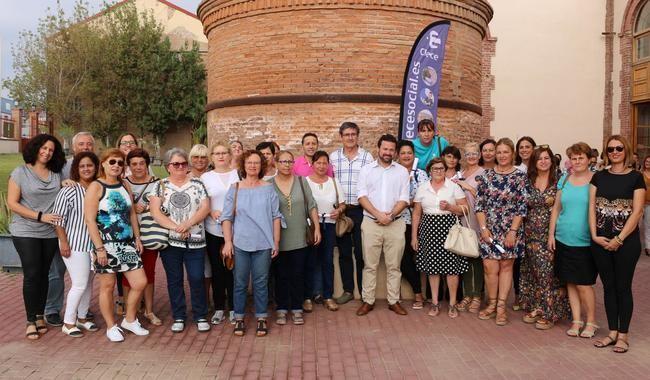 26 auxiliares de Ayuda a Domicilio en Adra reciben su certificado de profesionalidad