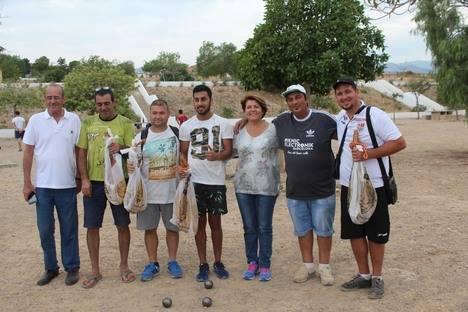 La dupleta Aarón-Bebé se proclama campeona del Torneo de Petanca de Feria de Gádor