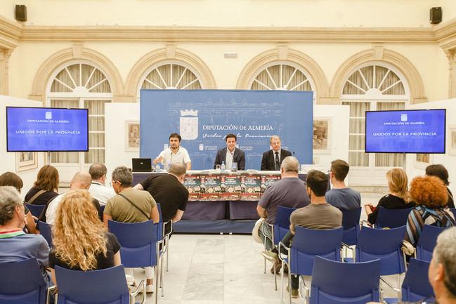 Diputación inicia relaciones para crear un vínculo estable entre Almería y Liverpool a través de John Lennon