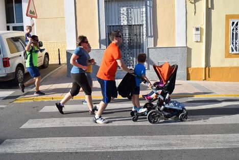 Nutrida participación en la Carrera Urbana de Orientación Familiar de la Feria de Gádor