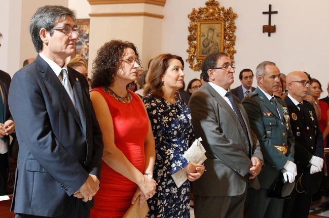 Ayuntamiento de Adra se une a la Guardia Civil en una misa