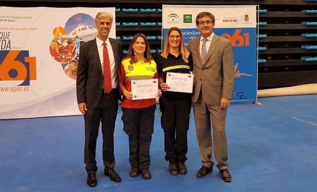 Alcalde de Adra felicita a Maria Isabel y Luisa Espinosa por la distinción recibida por parte del 061